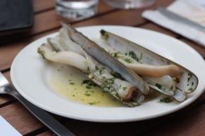 Razor clams with garlic and parsley